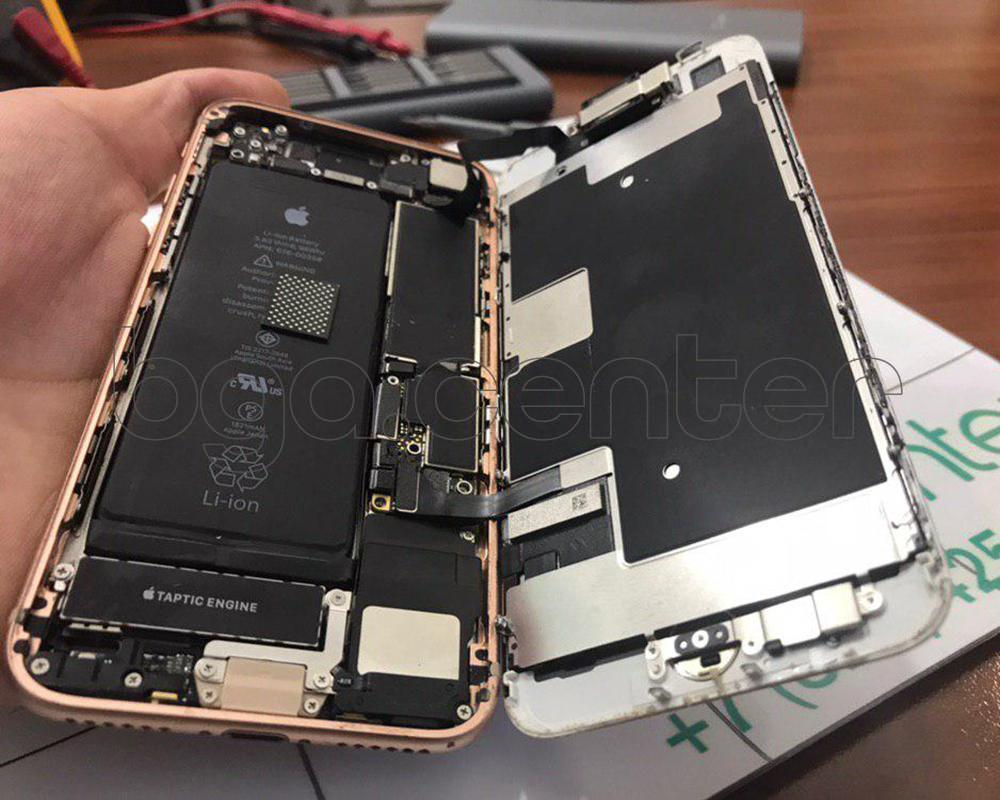 Айфон 8 не включается
