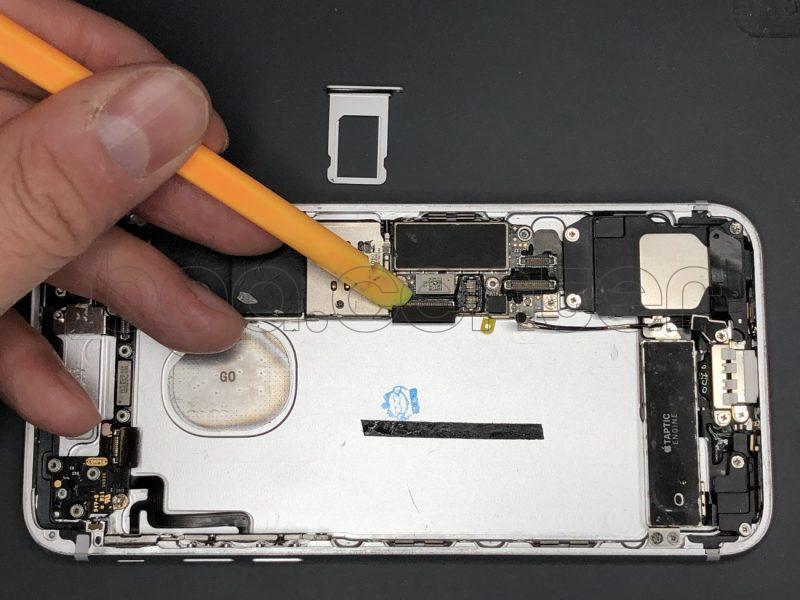 Как разобрать айфон 7